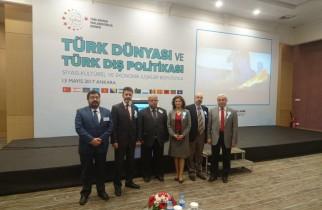 """""""TÜRK DÜNYASI VE TÜRK DIŞ POLİTİKASI"""" KONULU ÇALIŞTAY"""