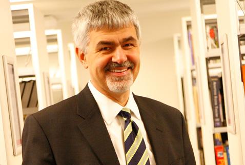 Prof. Dr. Erhan ERKUT
