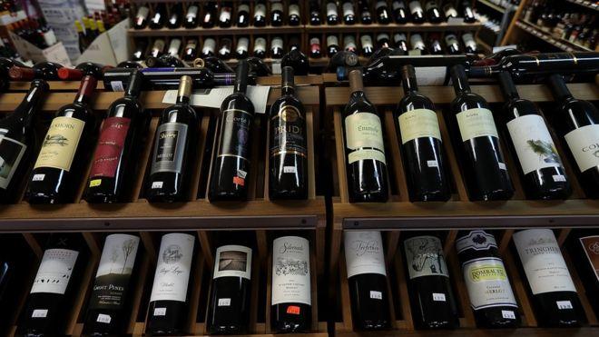 _100657000_wine