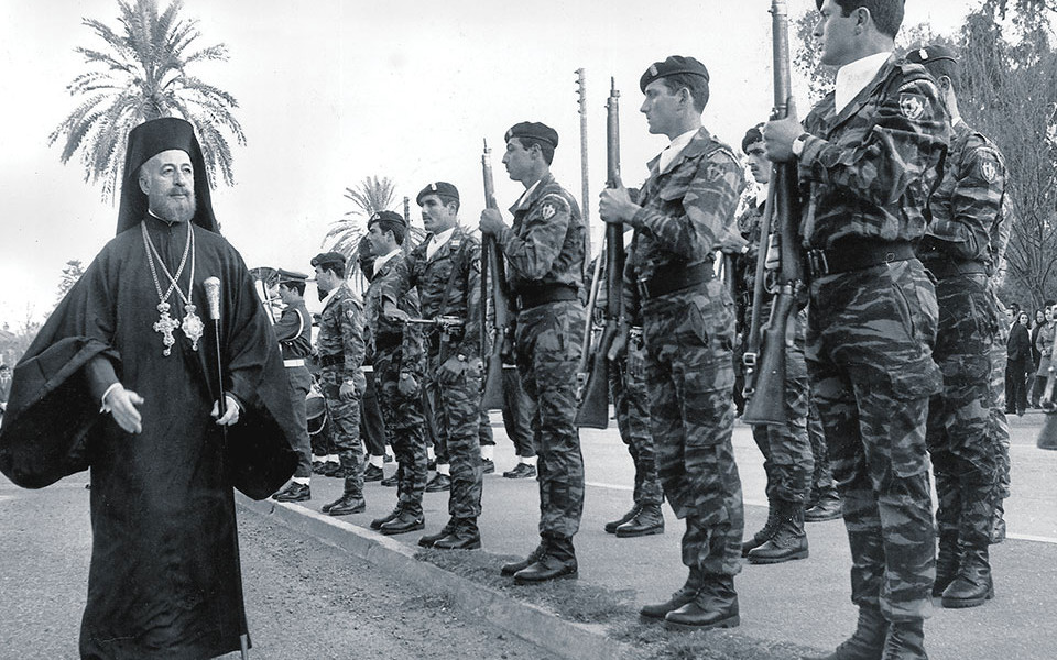 Yunan-askerleri