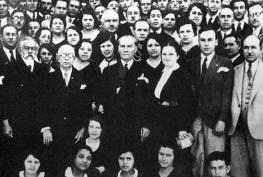 Mustafa_Kemal_and_establishment_of_Turkish_History_Institution